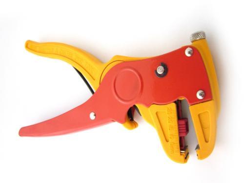 Werkzeug Abisolierzange
